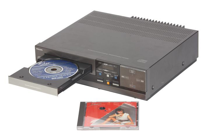 philips cd 104 compact disc player playback and. Black Bedroom Furniture Sets. Home Design Ideas